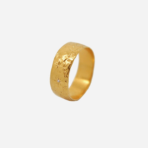 Over the Clouds Ring with Diamond Star, Gold Plated