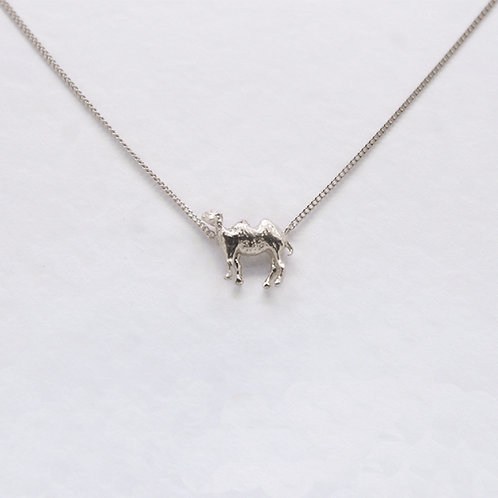Camel Necklace Silver