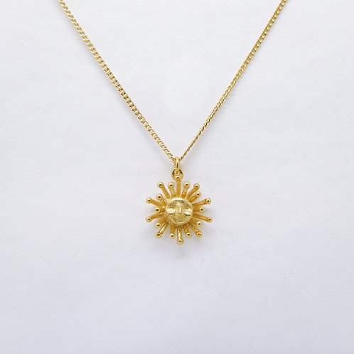 -SALE- Daydreaming Sun Pendant Gold Plated