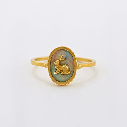 Tiny Hare Cameo Ring Gold Plated