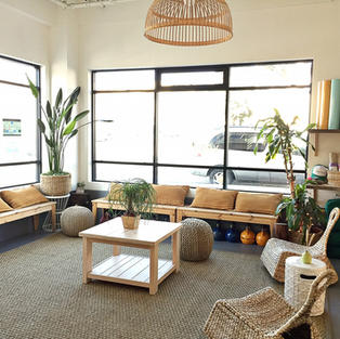 The yogabeach lounge is a oasis for relaxation, enjoying a cup of tea and connecting with the Ocean Beach community