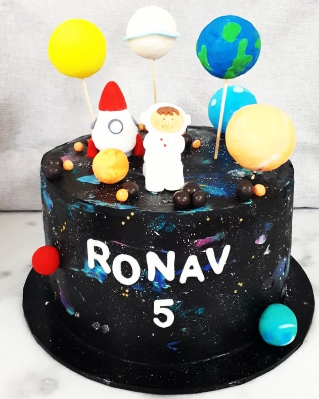 First cake back for 2019! Planets and Ga