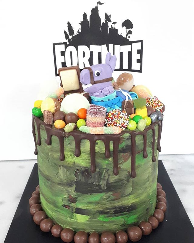 Apparently #fortnite is quite popular 🤷