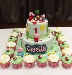 Peppa Pig Cake and cupcakes #peppapig  #peppapigcake #cakesbyheidi.com