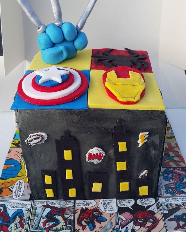 Marvel Cake Boom! #marvel #superhero #marvelcake #cakesbyheidi #sydneycakes #superherocake #spiderma