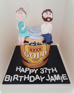 This was a fun cake to make! Chocolate mud beer cake #🍺 #beercancake #cakesbyheidi #beer #beercake