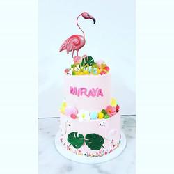 Flamingo Red velvet cake! #flamingocake