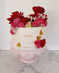 I was given free reign with this engagement cake and when I saw a recent post from one of