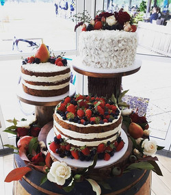 I love, love, loved this rustic wedding cake trio for Jess and Steve's beautiful wedding