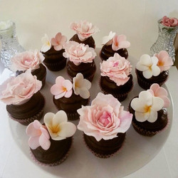 The request was for chocolate with something pink and flowery, so I made some sugar peonies and fran