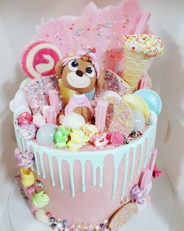 Super cute cake for a paw patrol loving little girl