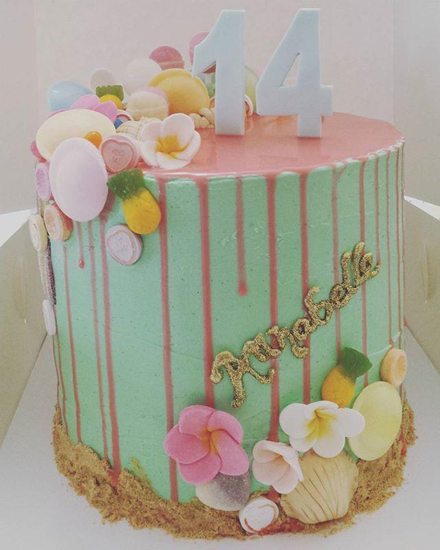 Today's _Hawaiian Lolly Rainbow Cake_ Vanilla rainbow cake with vanilla bean buttercream and pink wh