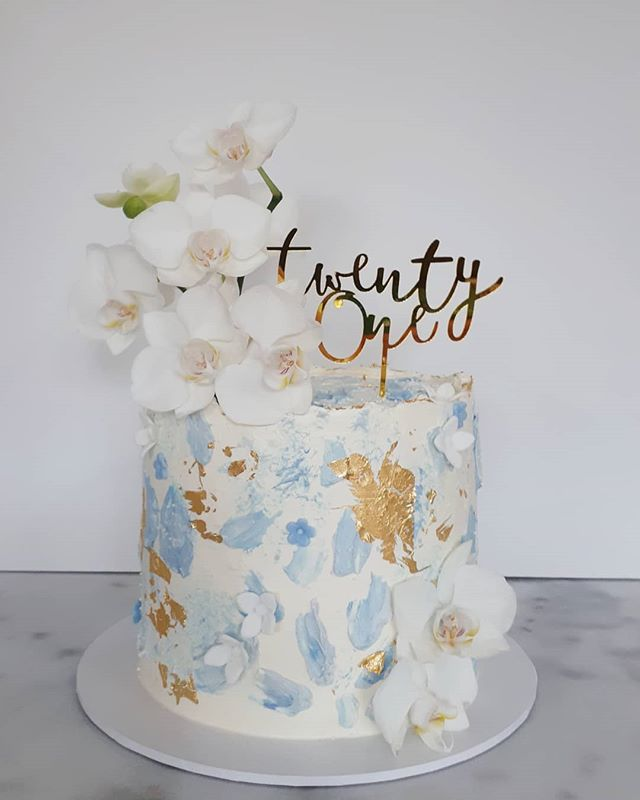 Beautiful textured blues, sugar flowers