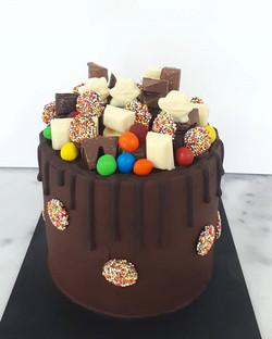 Happy Birthday @lockie__b Hope your cake