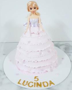 Pretty princess cake for Lucinda
