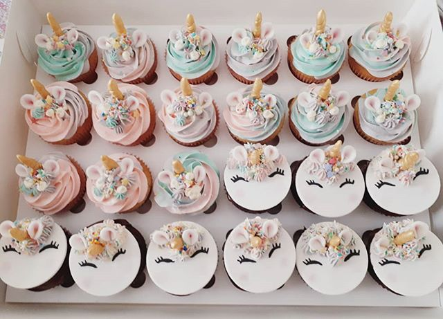 Unicorns are still happening! Mixture of chocolate and vanilla unicorn cupcakes  #unicorncupcakes #u