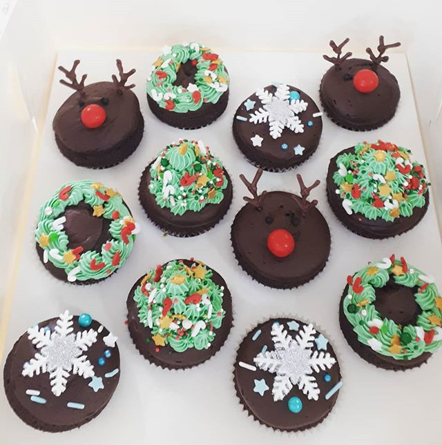 More Christmas cupcakes - same but diffe
