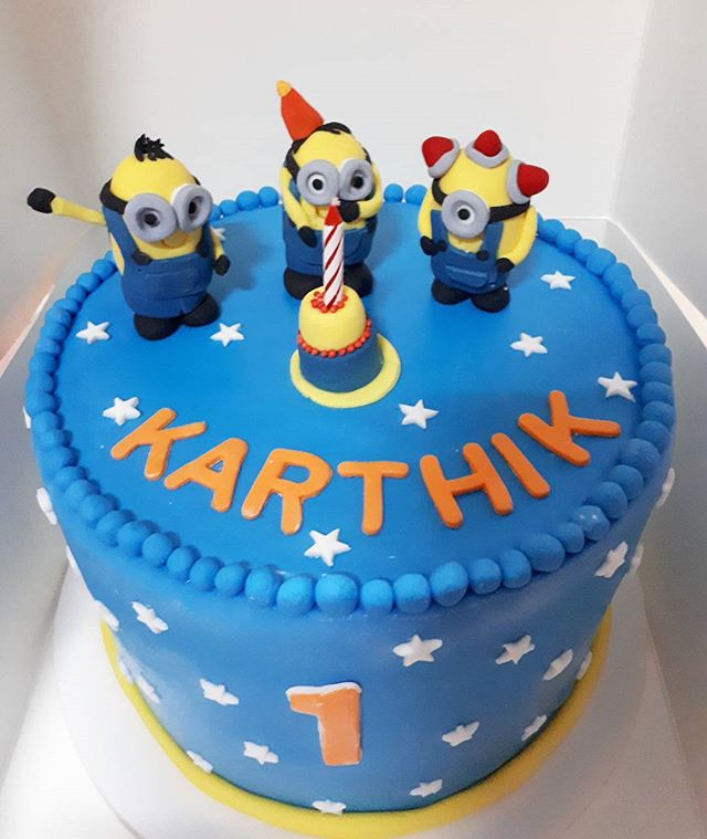 Minions chocolate and m&ms cake