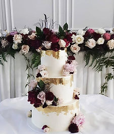 Wedding Cake! I loved the contrast betwe