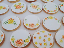 Hand painted flower sugar cookie favours