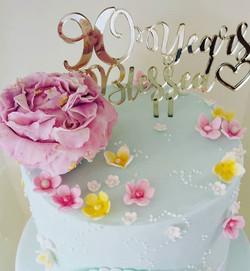 Some of the details #studiot55 #cakesbyheidi #sugarflowers #cakedecorating #peony #90thbirthdaycake