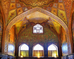 chehel-sotoun-isfahan.
