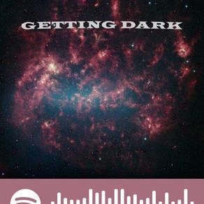 Barış Ozp'nin ilk şarkısı: Getting Dark