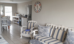 Albatross Lounge