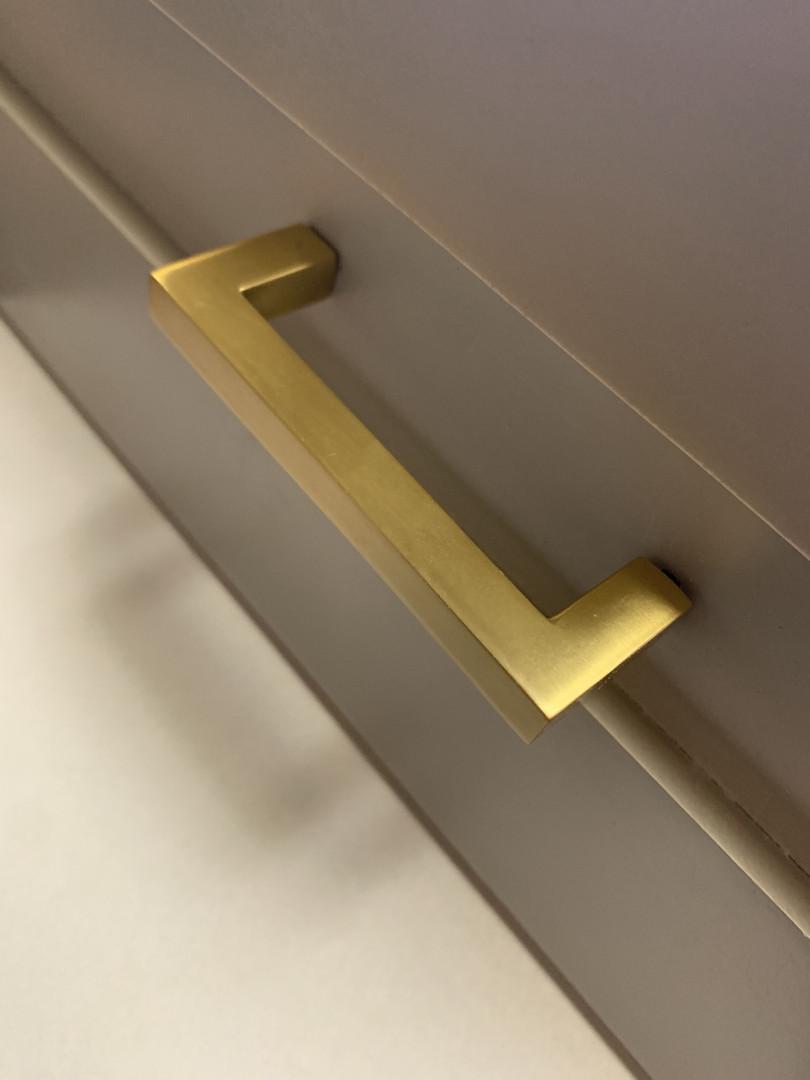 Staton Gold Brush Pull
