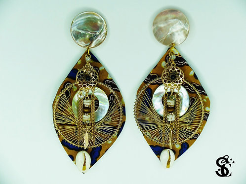 PEARL AND COWRIE SHELL EARRINGS