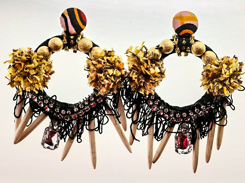 GOLDEN FLAKES & WOOD SPIKED EARRINGS