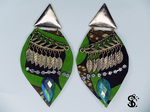 EMERALD GREEN GEM AND DIAMONTE EARRRINGS