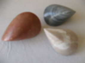 Oloid aus Palisandro-Marmor, Persischer Travertin, Trigasch-Marmor