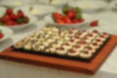 טארטלט גבינה ותות