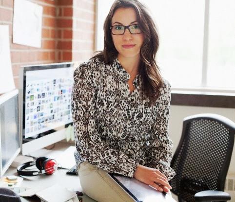 woman+glasses+desk_edited.jpg
