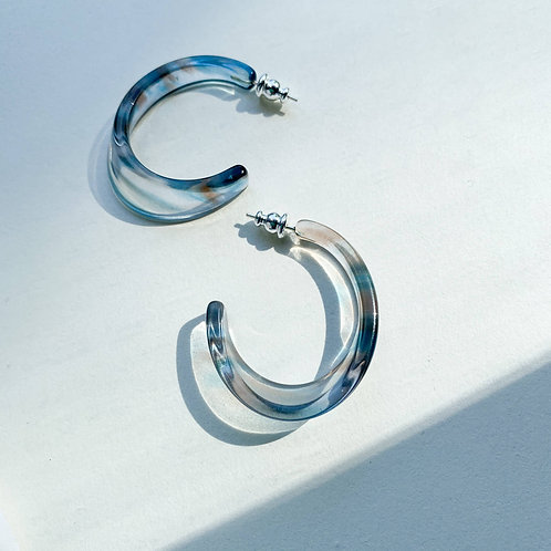 Illusion Hoops in Arctic