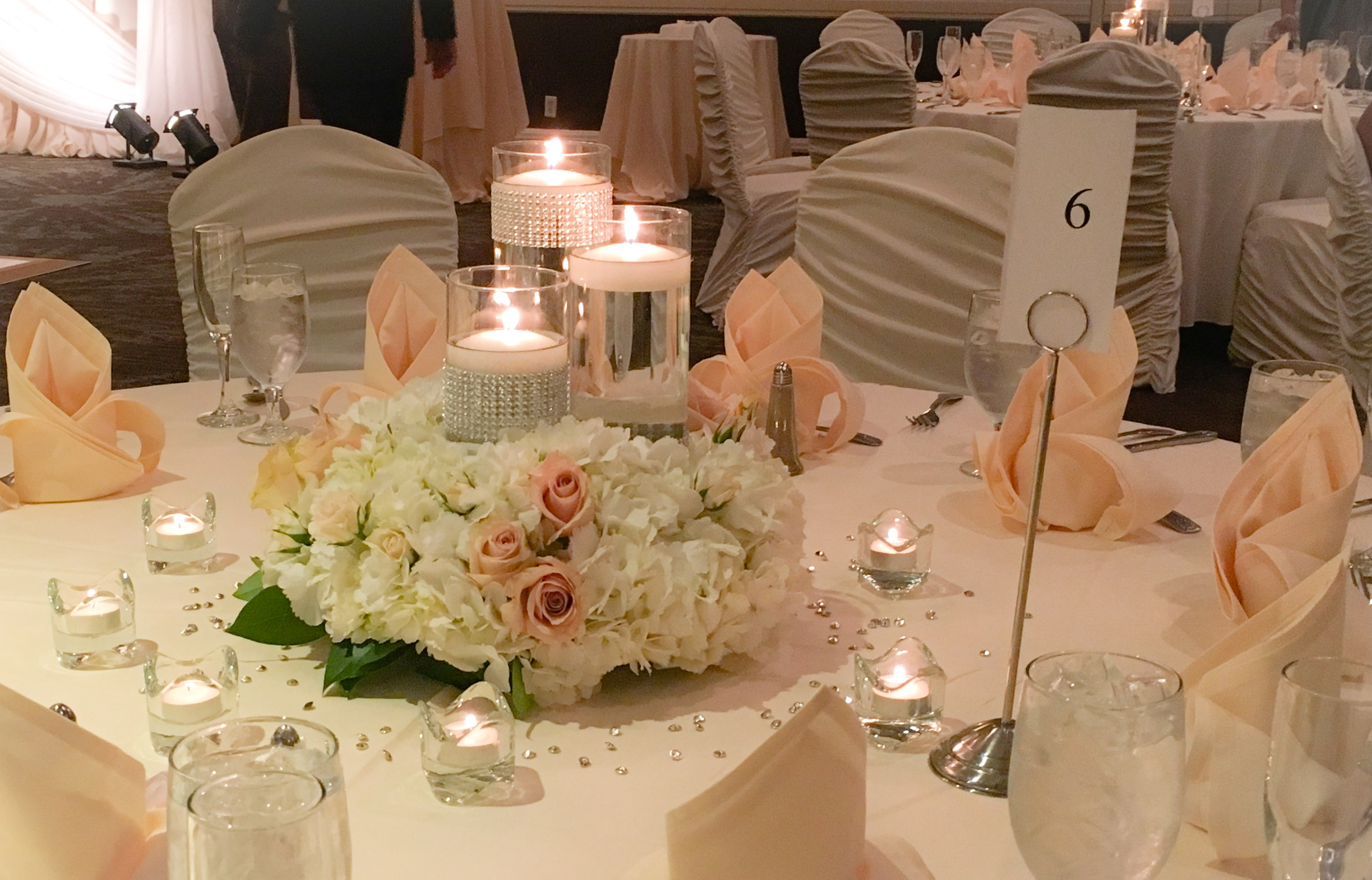 3 vase florals