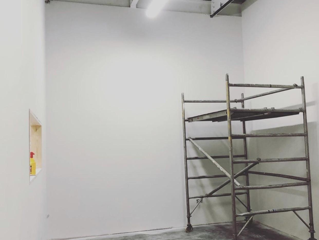 Airless Plaster