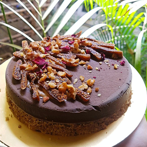 Chocolate Pudducake With Figs And Walnuts