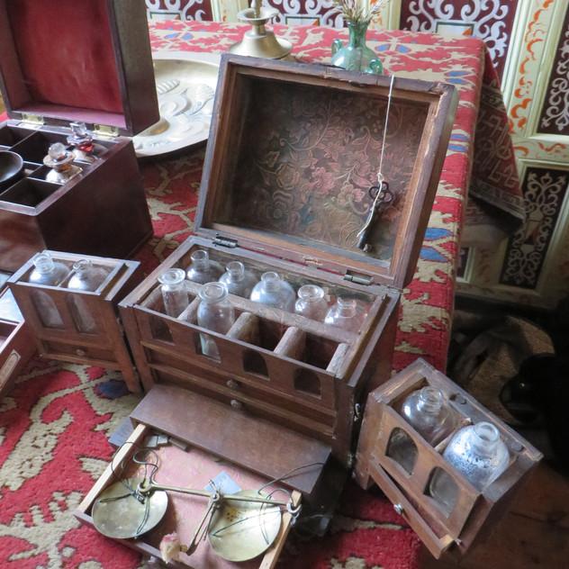 Apothecarists Box, 1700's