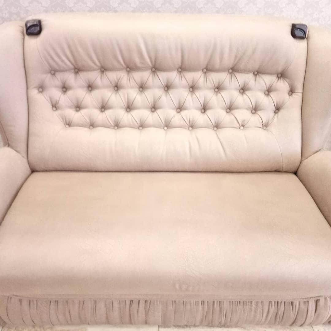 химчистка светлого дивана