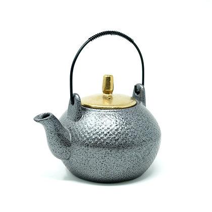 Teekanne ca. 0,5 Liter Grau Gold