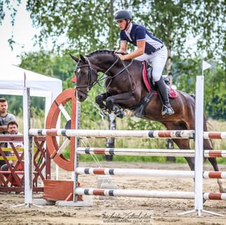 Merylin S Michalem Žilinským se předvedli na Jumping show Ostrava, který se konal 3.8.19 - v parkuru st. L**