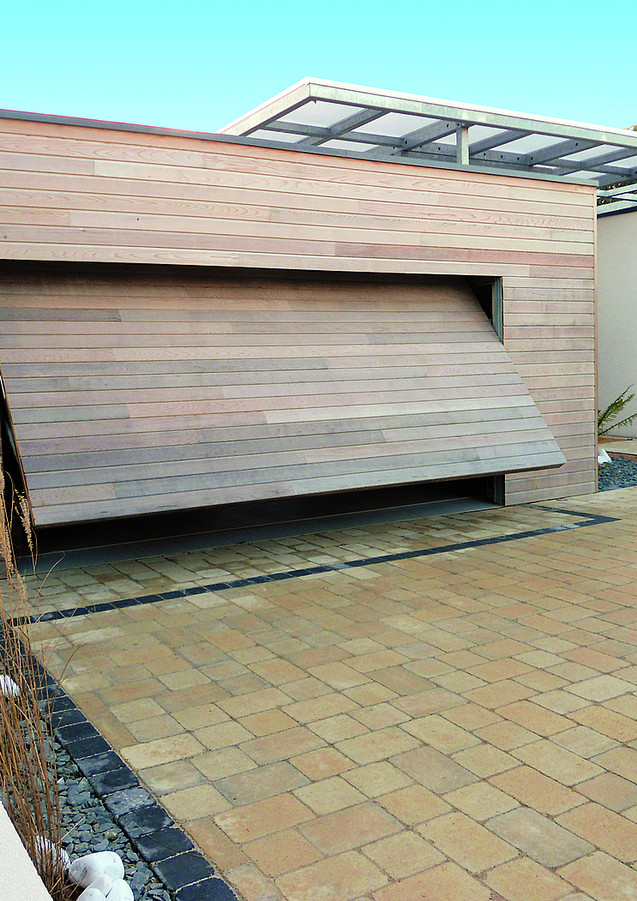 Porte de garage basculante cadre nu (bois non fourni)