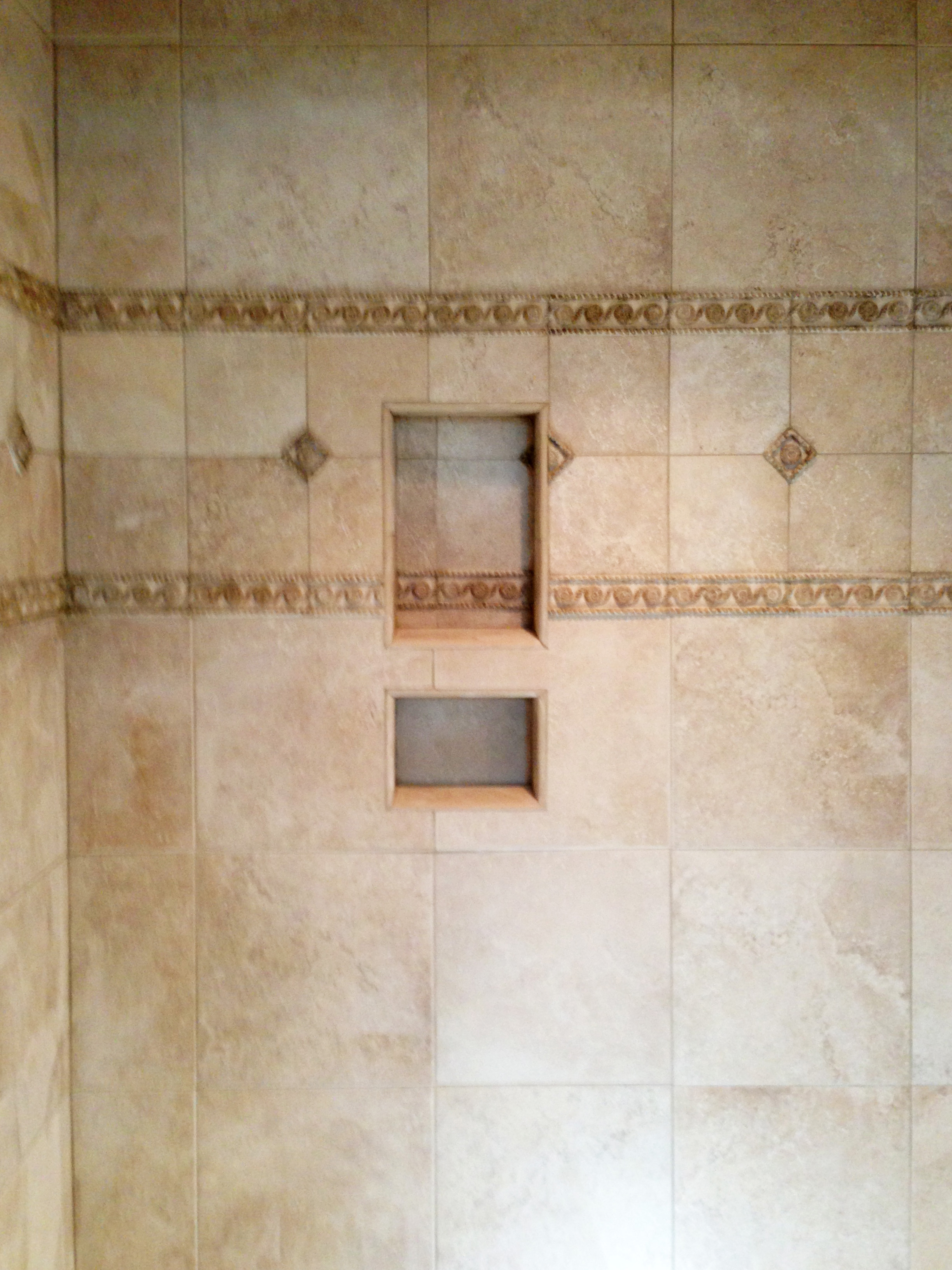 Shower Wall with Niche