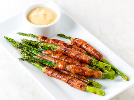 Prosciutto-Wrapped Asparagus with Garlic Mayonnaise