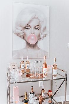 Chic-Marilyn-Monroe-Bar-Cart-17.jpg