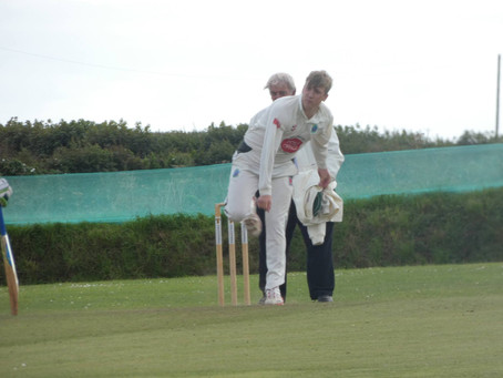 1st XI set up crunch match whilst 2nd XI fall 61 short - Match reports from Week 15