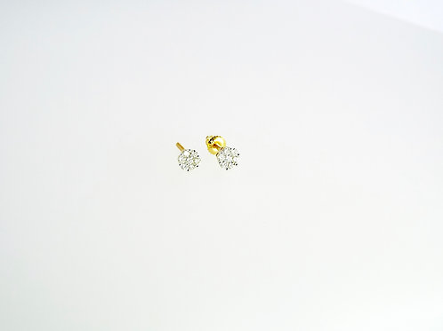 0.25 ct Diamond Cluster Studs set in 18ct Yellow Gold