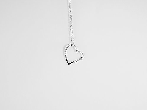 Diamond and White Gold Heart Shaped Pendant and Chain